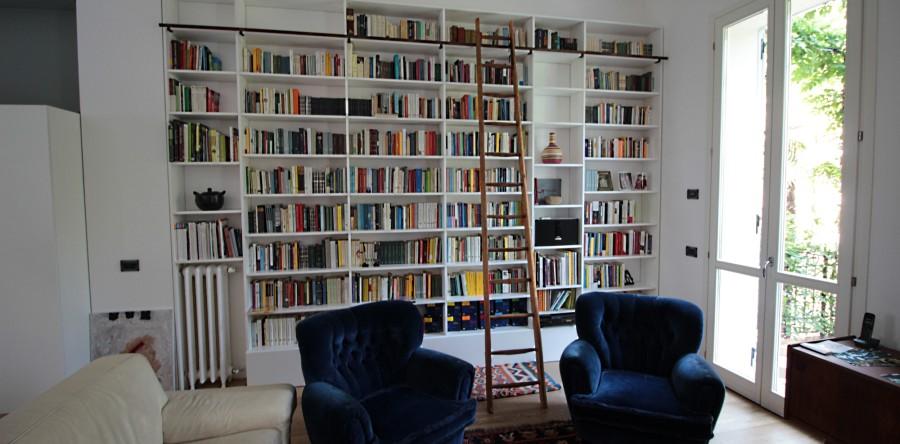 Librerie falegnameria fallacara for Scala per libreria