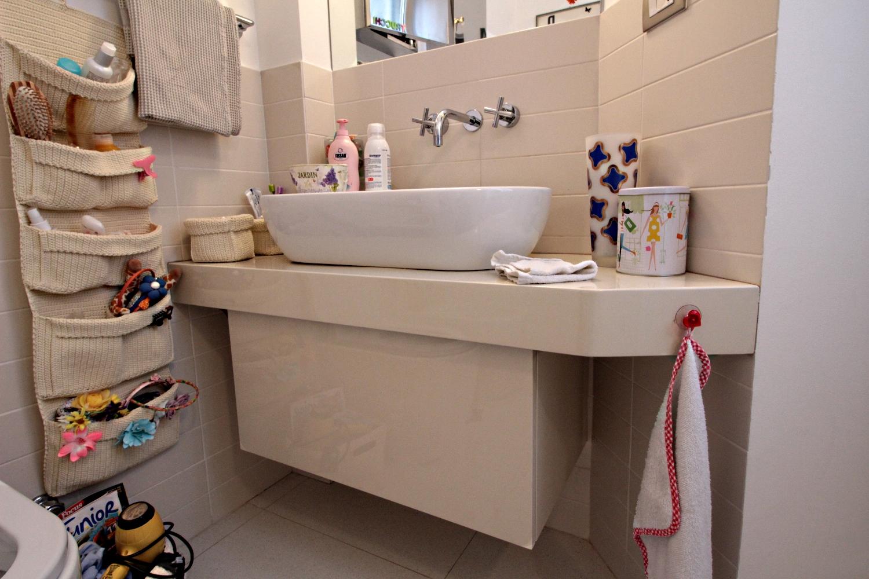 Mobili bagno legno chiaro great bagno moderno immagini - Mobili bagno legno chiaro ...